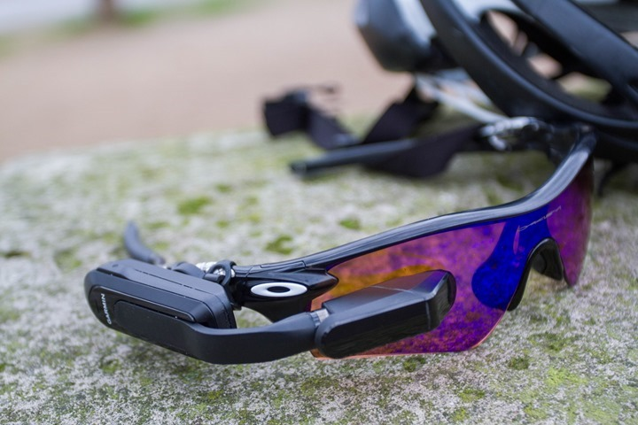 garmin-vaira-vision-with-helmet_thumb